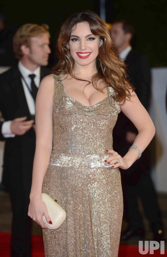 "Kelly Brook attends The Royal World Premiere of ""Skyfall"" in London"