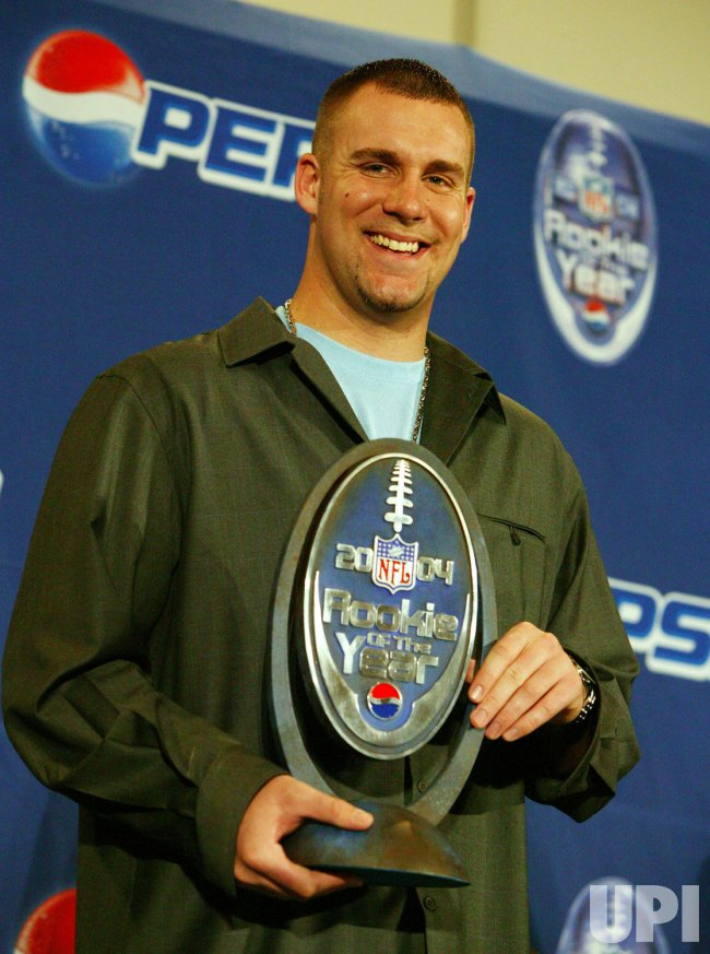 STEELERS' ROETHLISBERGER NAMED 2004 NFL ROOKIE OF YEAR