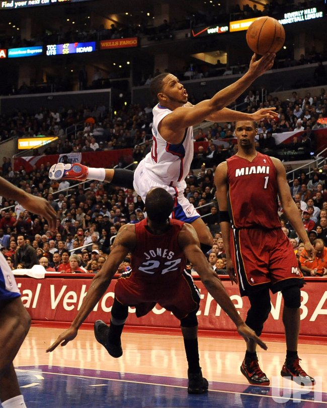 Eric Gordon shoots over Miami Heat