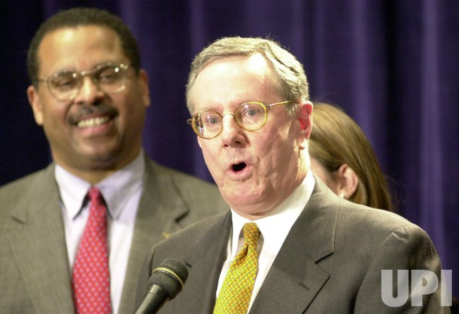 Steve Forbes drops out of presidential race