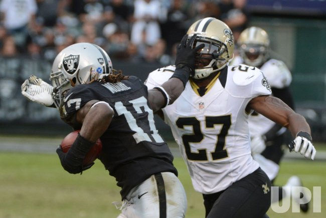 Oakland Raiders vs New Orleans Saints in Oakland, California