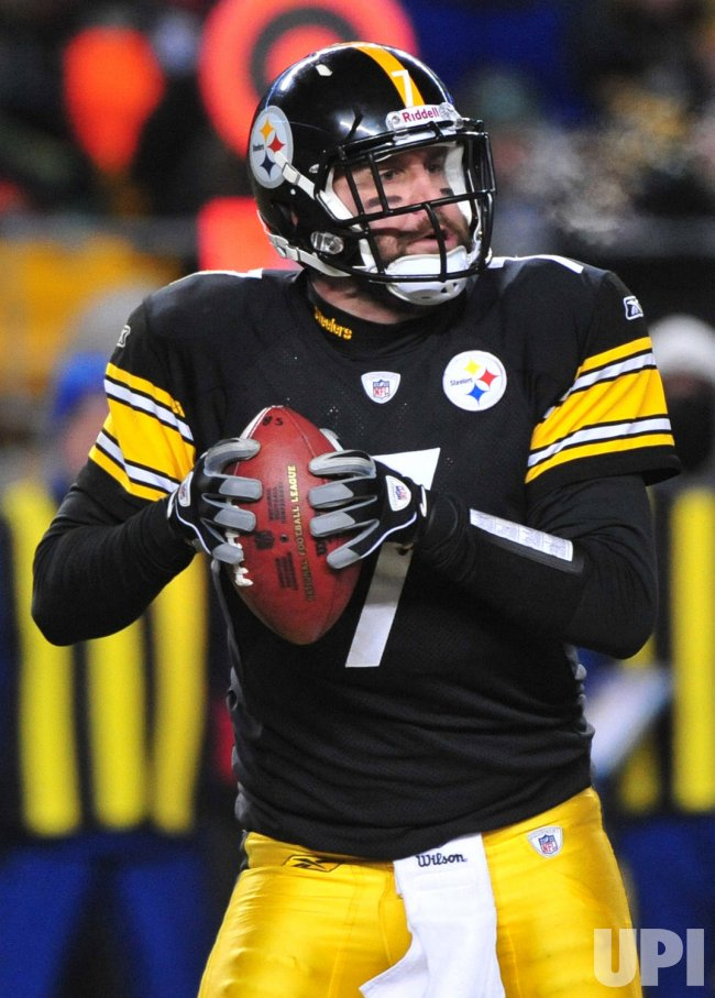 Steelers quarterback Ben Roethlisberger looks to pass in Pittsburgh