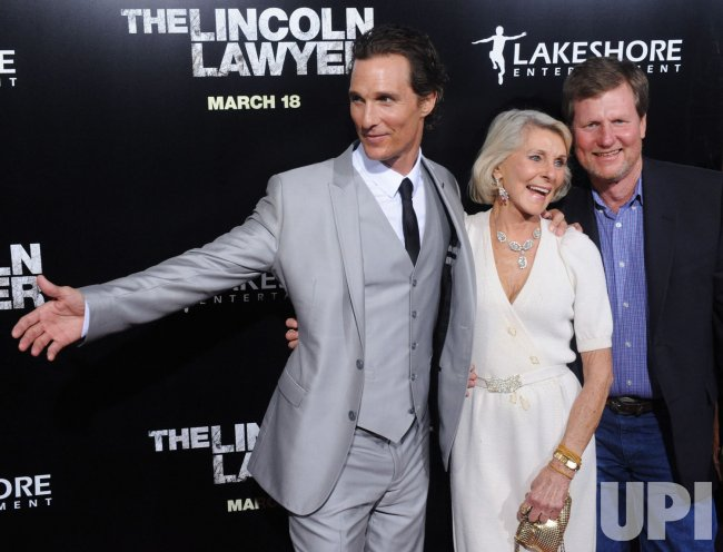 Matthew Mcconaughey Poses With Family At The Quot The Lincoln