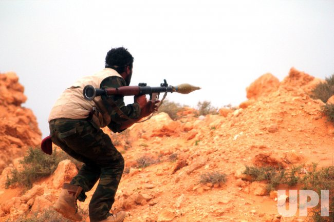 World Powers Rally Behind Libyan Rebels