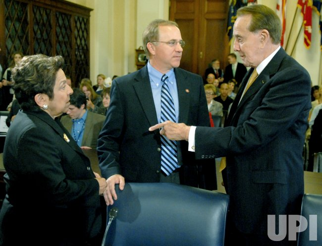 DOLE AND SHALALA TESTIFY ON PRESIDENTS REPORT ON WOUNDED WARRIORS IN WASHINGTON