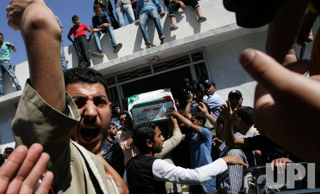 Israel returns remains of 91 Palestinian fighters to Gaza