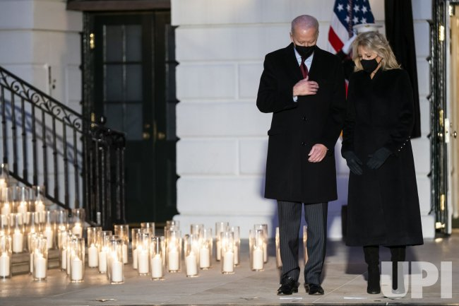 President Biden holds moment of silence for 500,000 Covid deaths