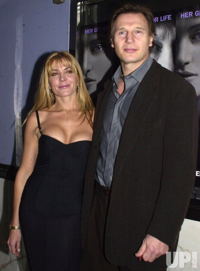 """RICHARDSON AND NEESON ATTEND THE FILM PREMIERE OF """"IRIS"""""""
