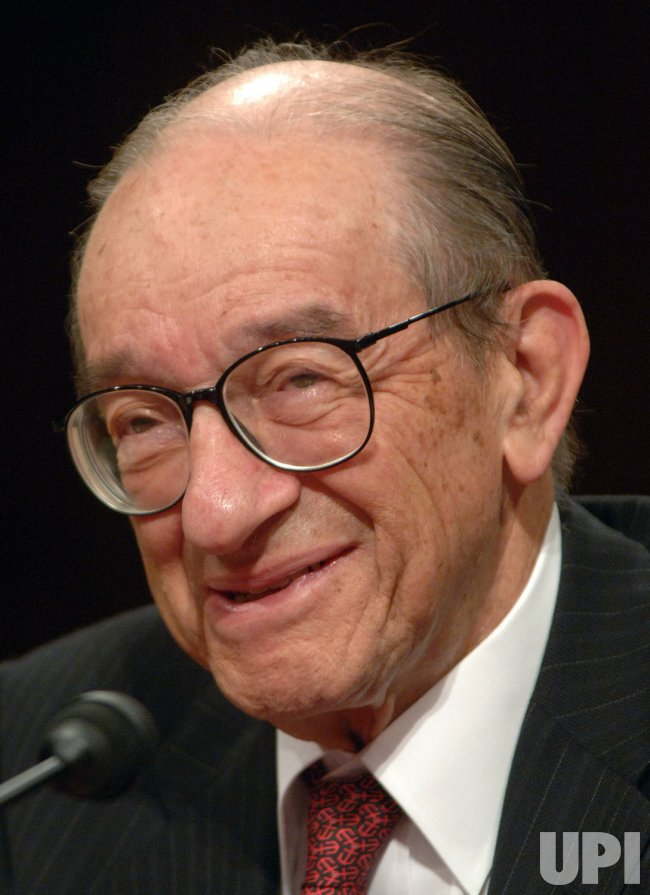 GREENSPAN TESTIFIES ON OIL DEPENDENCE, ECONOMIC RISK