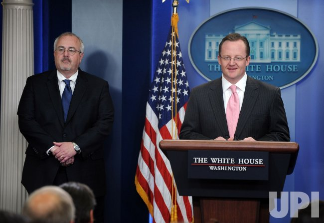 Press Secretary Gibbs, FEMA Admin. Fugate discuss disaster responses at White House