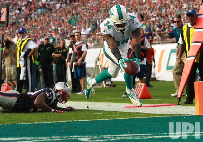 Miami Dolphins vs. New England Patriots