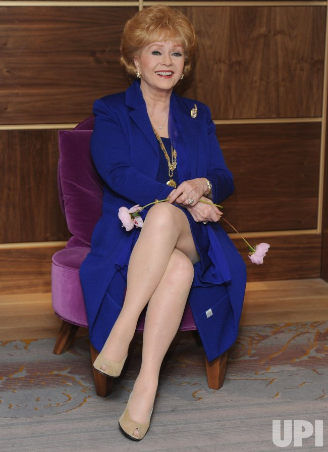 Debbie Reynolds attends photocall in London
