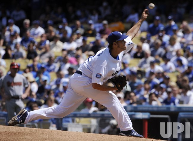 Los Angeles Dodgers Clayton Kershaw pitches against the Arizona Diamondbacks at Dodger Stadium in Los Angeles