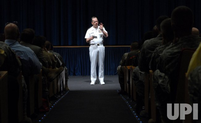 Mullen holds joint staff meeting at Pentagon in Virginia
