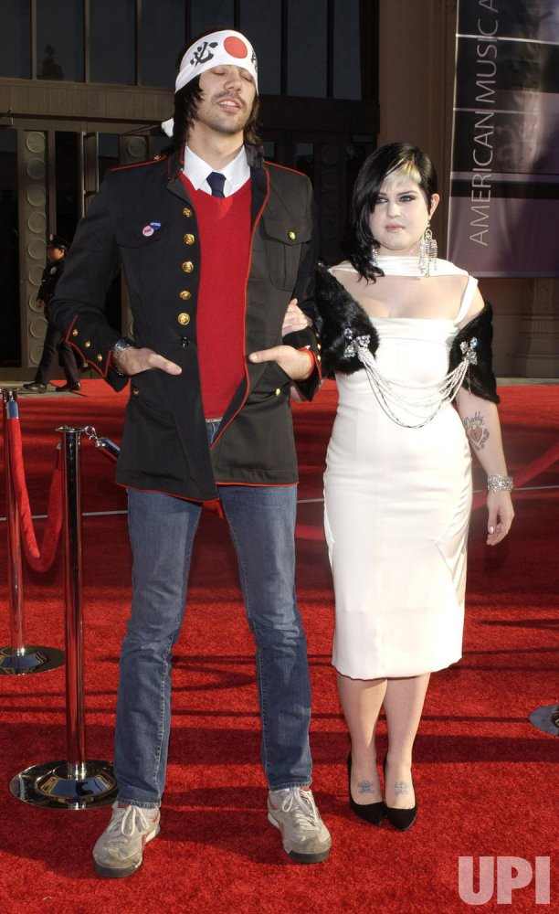 KELLY OSBOURNE AND BOYFRIEND ARRIVE FOR AMERICAN MUSIC AWARDS