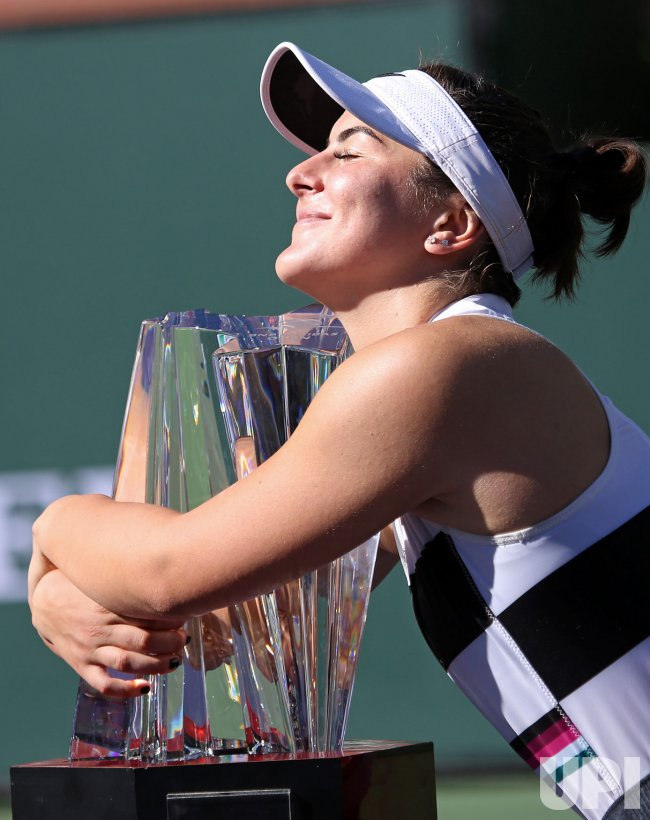 bianca andreescu wins bnp paribas open at indian wells. Black Bedroom Furniture Sets. Home Design Ideas