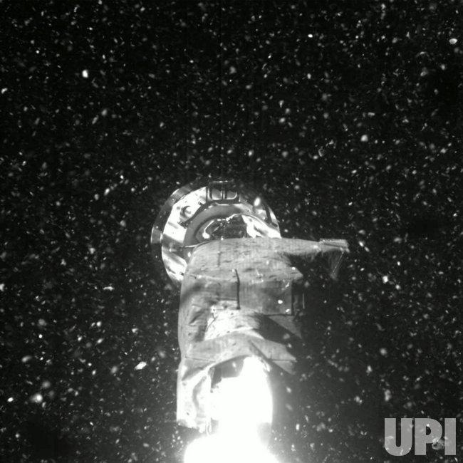 NASA's OSIRIS-REx TAGs Surface of Asteroid Bennu