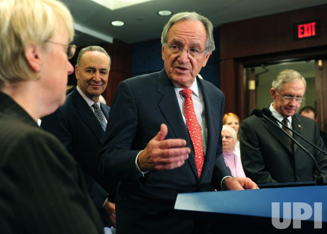 Sen. Harkin (D-IA) speaks on health care reform in Washington