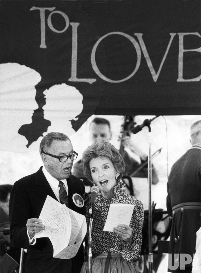 Nancy Reagan and Frank Sinatra Sing at Benefit