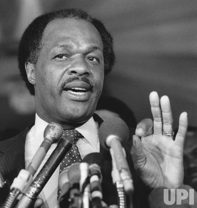 DC Mayor Marion Barry holds a press conference