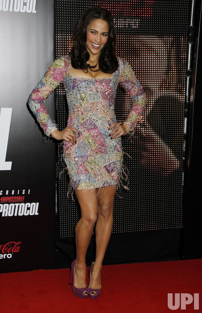 "Paula Patton arrives for the ""Mission:Impossible Ghost Protocol"" Premiere in New York"