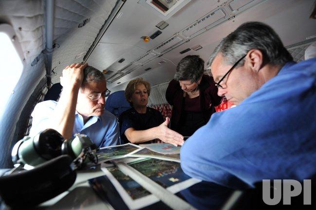 Homeland Security Secretary Napolitano and U.S. Senators visit Gulf Coast