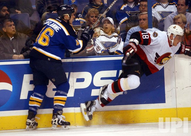 Ottawa Senators vs St. Louis Blues hockey