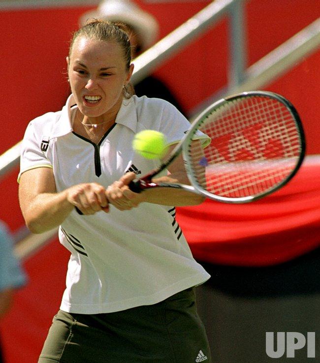 Martina Hingis wins Canadian Open