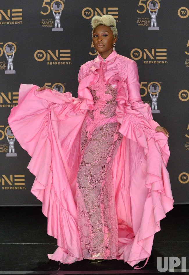 cynthia erivo backstage at the 50th naacp image awards in
