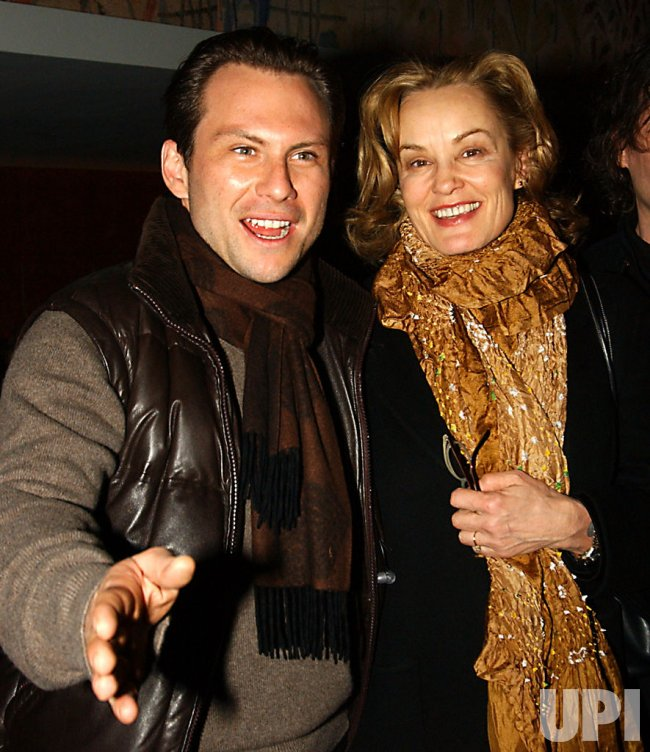 """JESSICA LANGE OPENS ON BROADWAY IN """"THE GLASS MENAGERIE"""""""