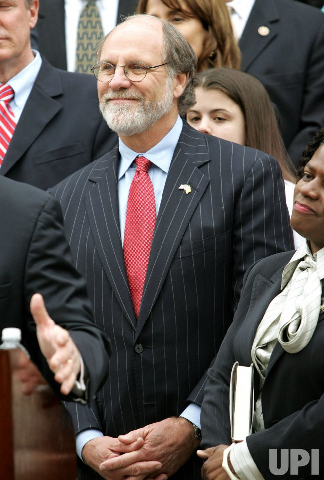 GOV. CORZINE ENDORSES PRESIDENTIAL CANDIDATE HILLARY RODHAM CLINTON IN NEW JERSEY