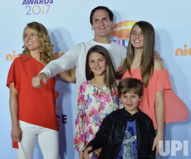 mark cuban and his family attend the kids choice awards in los