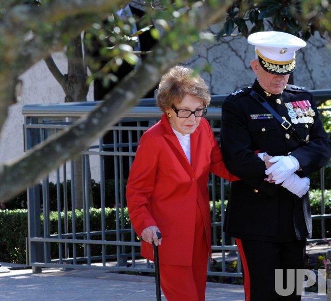 Nancy Reagan arrives for a wreath laying ceremony at Ronald Reagan memorial in Simi Valley, California