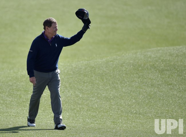 Tom Watson walks up 18 in his final masters appearance