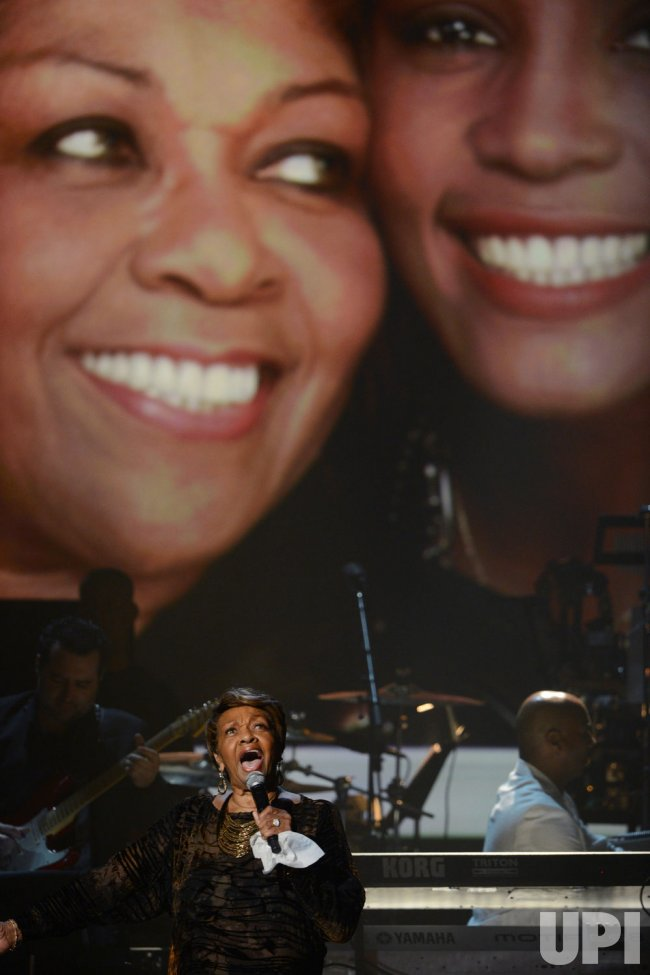 Cissy Houston performs a tribute to her daughter during BET Awards 12 in Los Angeles