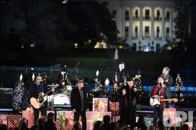 President Trump attends lighting of National Christmas Tree