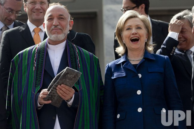Clinton visits International conference in Afghanistan