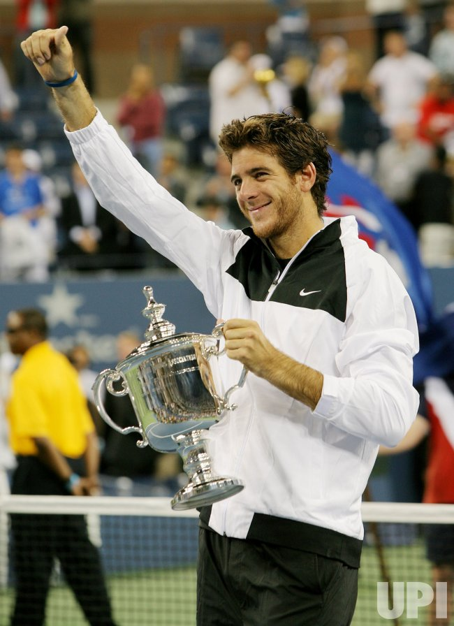 Del Potro defeats Federer for the men's title at the US Open Tennis Championship in New York