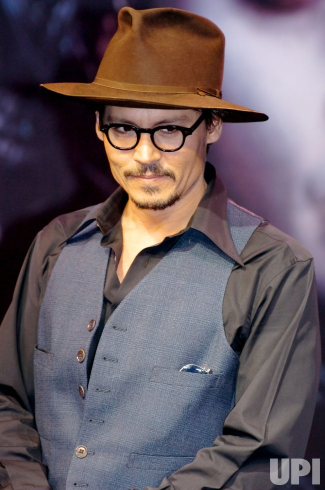 "Jonny Depp promotes new movie ""Sweeney Todd"" in Japan"