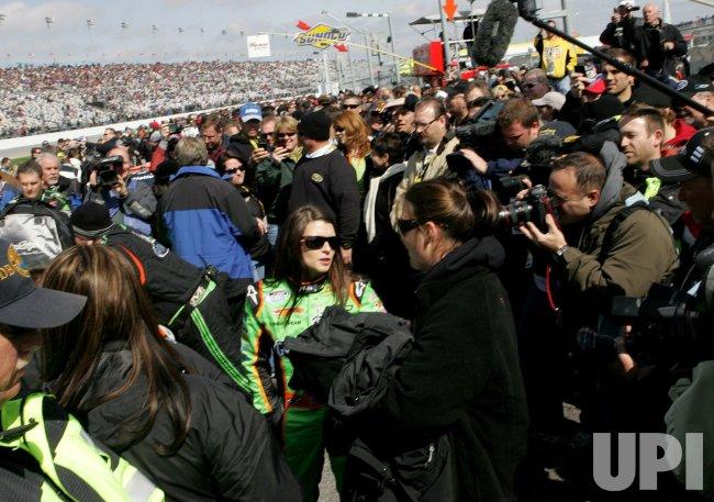 NASCAR Nationwide DRIVE4COPD 300 at Daytona