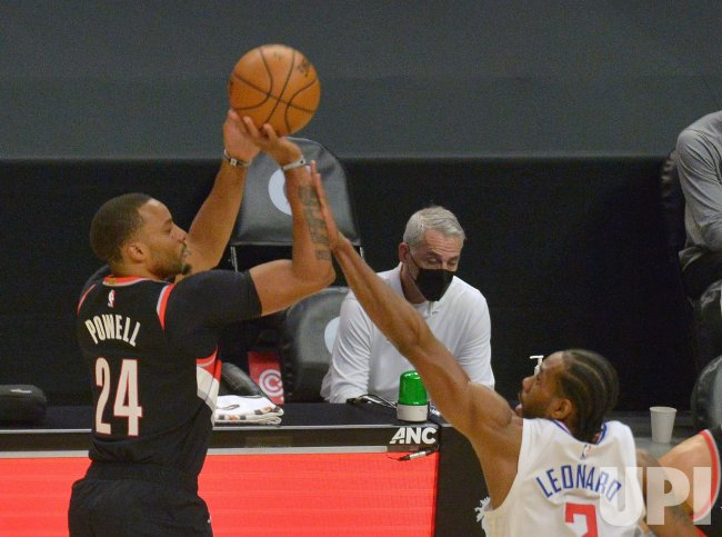 Demarcus Cousins and Clippers Look Healthy and Strong in His Debut, Blow Out Blazers