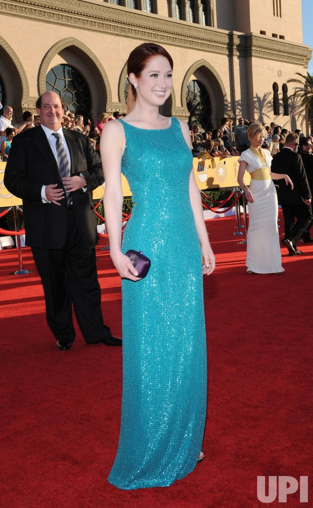 Actress Ellie Kemper arrives at the 18th annual Screen Actors Guild Awards in Los Angeles