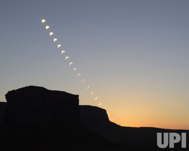 Annular eclipse occurs throughout the western US.