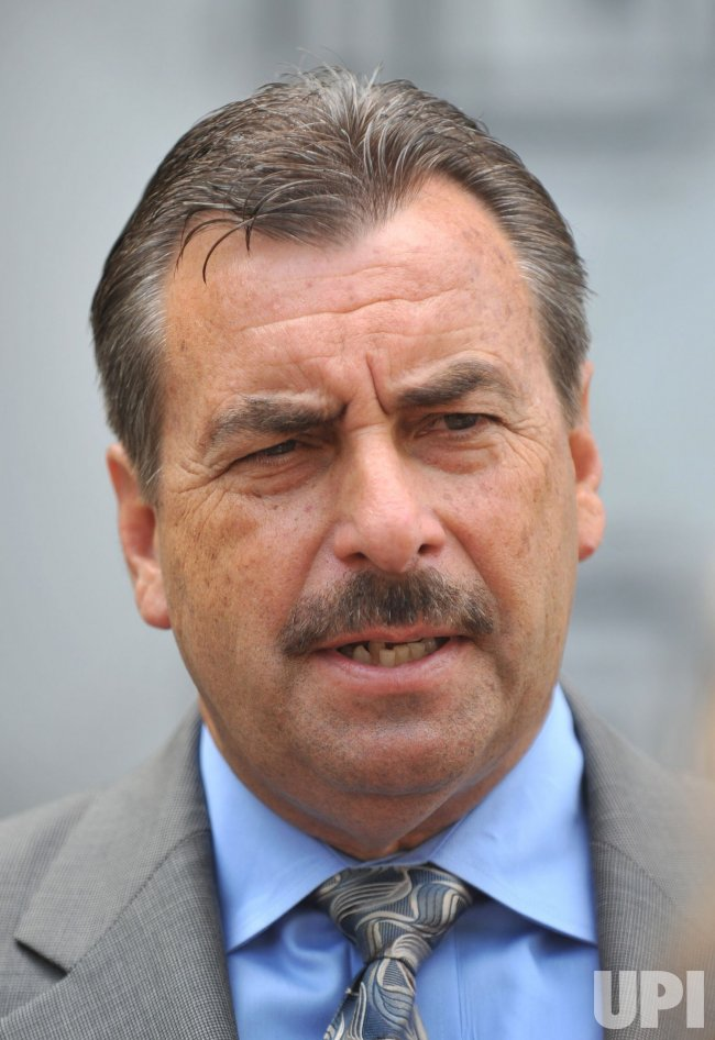 L.A. Police Chief Charlie Beck speaks after meeting with Eric Holder to discuss Arizona's immigration law in Washington
