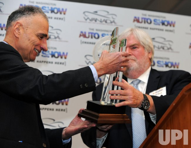 Ralph Nader receives Keith Crain/Automotive News Lifetime Achievement Award at Washington Auto Show