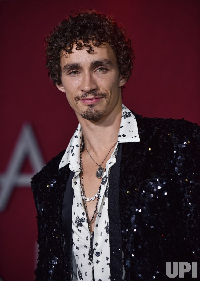 robert sheehan gif huntrobert sheehan instagram, robert sheehan gif, robert sheehan photoshoot, robert sheehan 2019, robert sheehan фильмы, robert sheehan gif hunt, robert sheehan interview, robert sheehan личная жизнь, robert sheehan sofia boutella, robert sheehan movie, robert sheehan jamie campbell bower, robert sheehan png, robert sheehan sims 4, robert sheehan height, robert sheehan jack sparrow, robert sheehan gif icons, robert sheehan fortitude, robert sheehan love hate, robert sheehan википедия, robert sheehan twitter