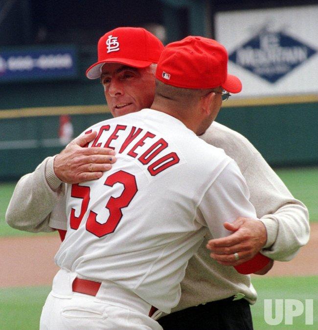 St. Louis Cardinals vs Milwaukee Brewers baseball