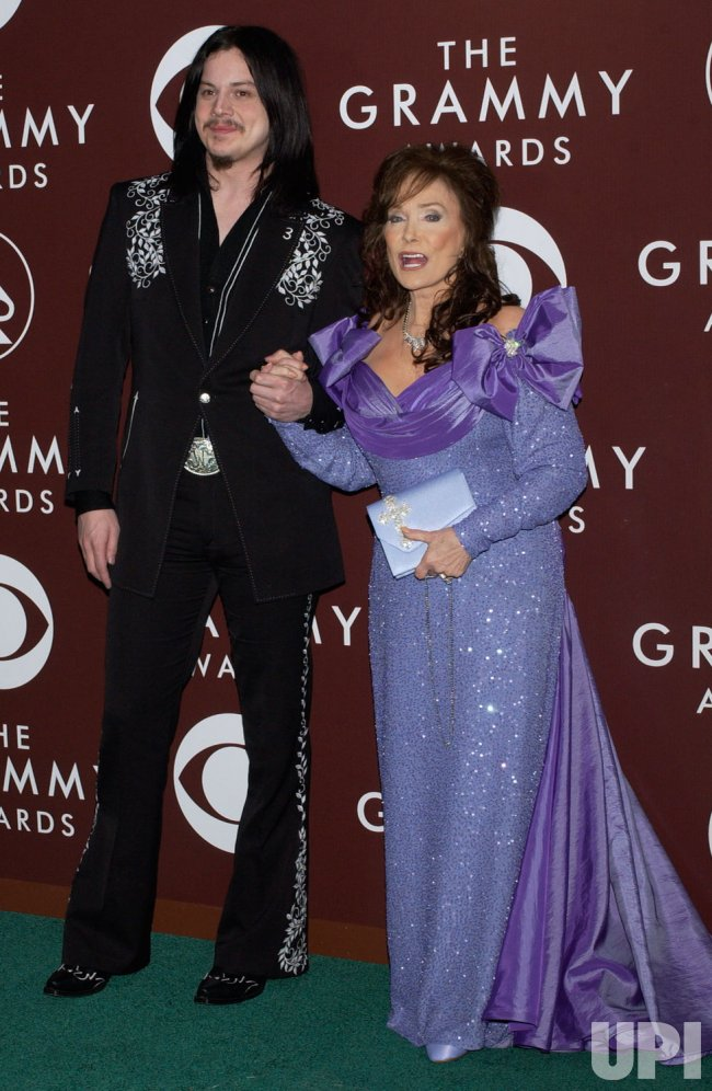 47TH ANNUAL GRAMMY AWARDS ARIVALS