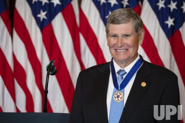 Jim Ryun Receives the Medal of Freedom at the White House