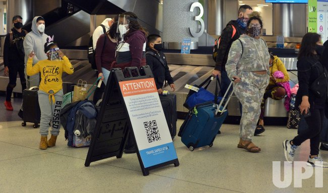 Thanksgiving Air Travel Down from 2019 But Still Too High, Officials Say